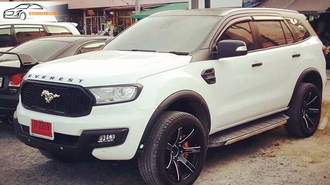 Jeep Everest